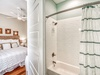3rd Floor Master En Suite - Featuring a Tub/Shower Combo