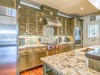 Kitchen - Equipped with Well-appointed Appliances