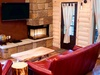 tree-house-5-living-room