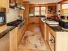kitchen_700.jpg
