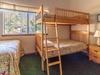 bed2-Longyear81-HDR.jpg