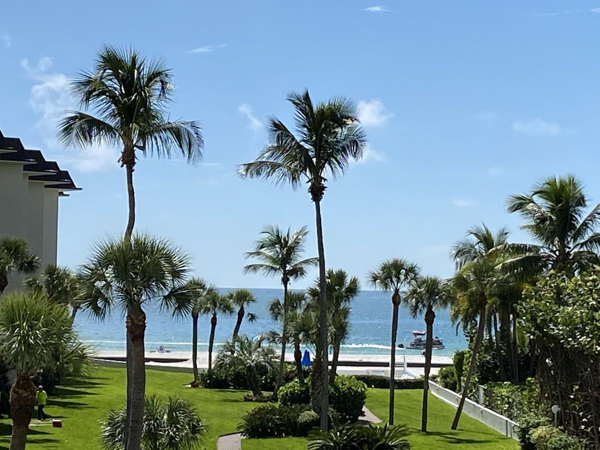 Lido's Gulfview Paradise