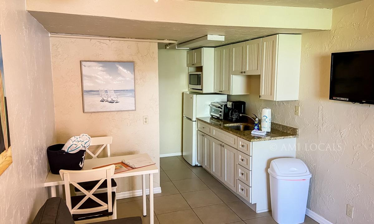 Island Time Inn - Suite #2