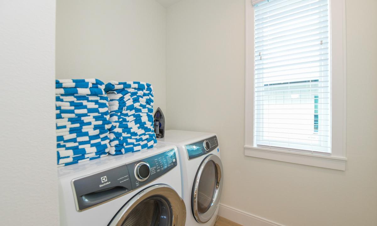 Laundry Room, Pirate's Cove - AMI Locals