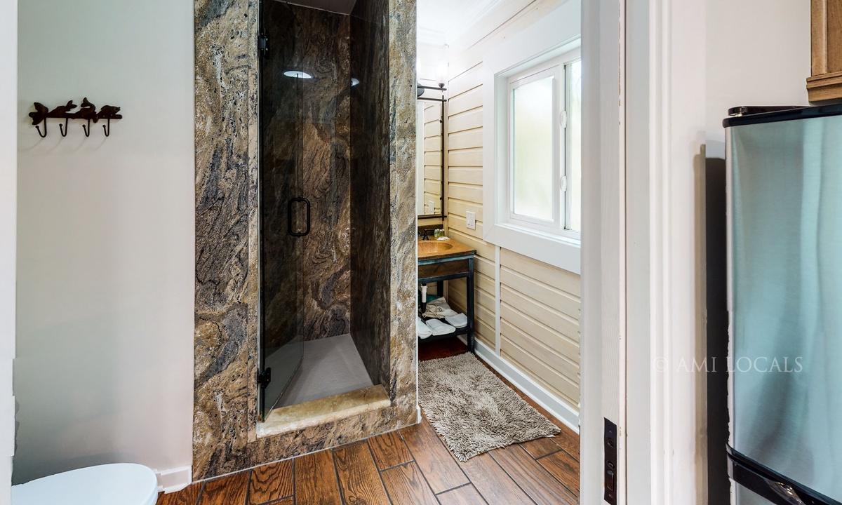 13354-Gulf-Blvd-6West-Beach-Cottages-Cottage-4-Bathroom