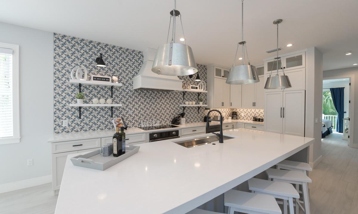 Kitchen, Aqua Paradise - AMI Locals
