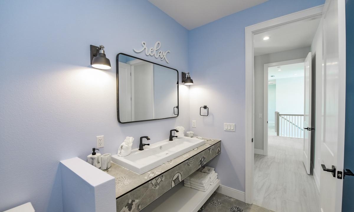 Bathroom 6, Aqua Paradise - AMI Locals