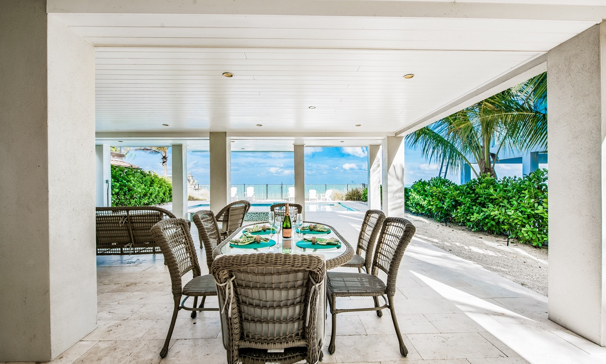 Pool Patio with Outdoor Dining table, Bay View Beauty - AMI Locals