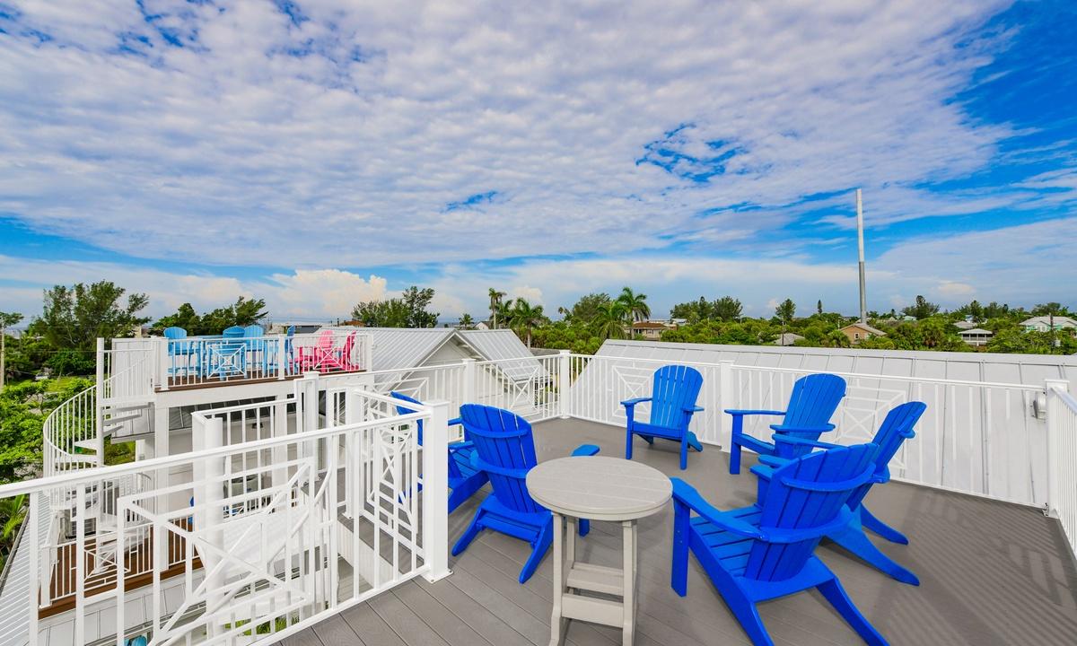 Rooftop Deck, Montego Bay - AMI Locals