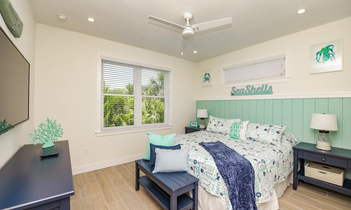 Bedroom 2, Sea Forever - AMI Locals