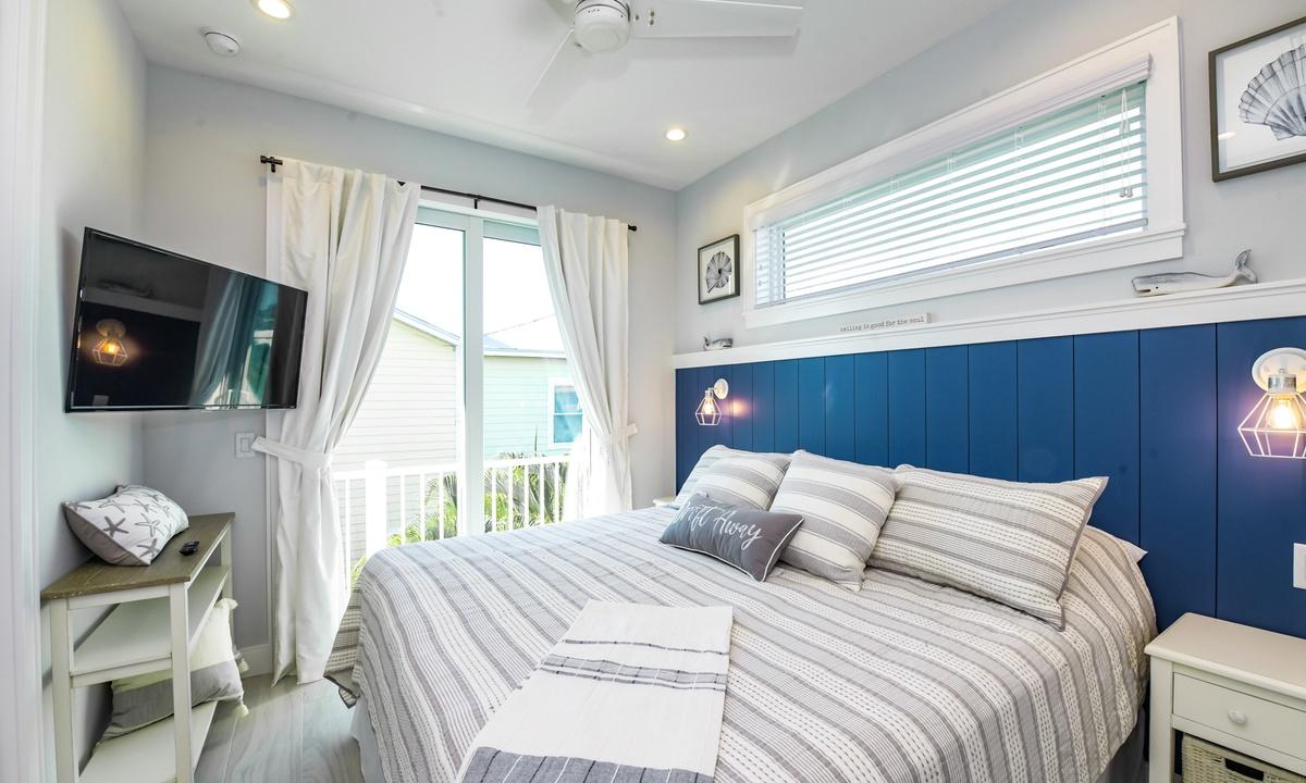 Bedroom 4, Aqua Paradise - AMI Locals