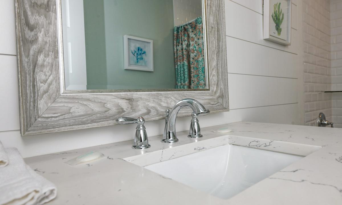 Hallway Bathroom, Villa Limefish - AMI Locals