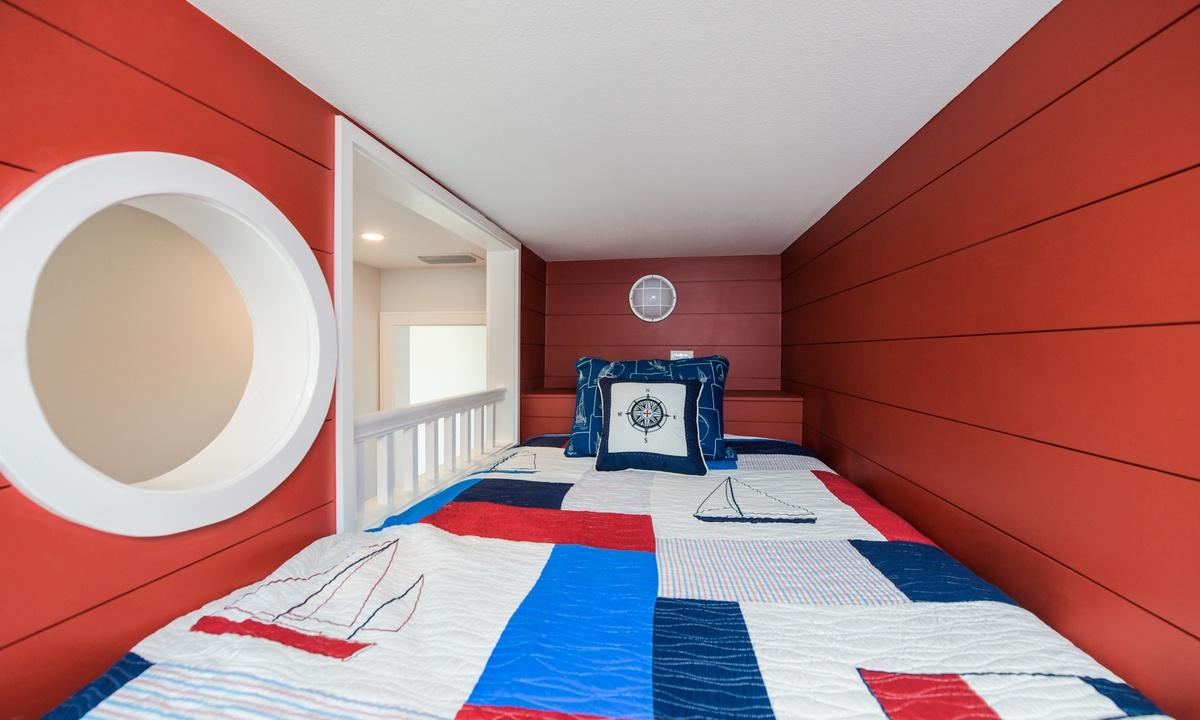Bedroom 7, Aqua Paradise - AMI Locals