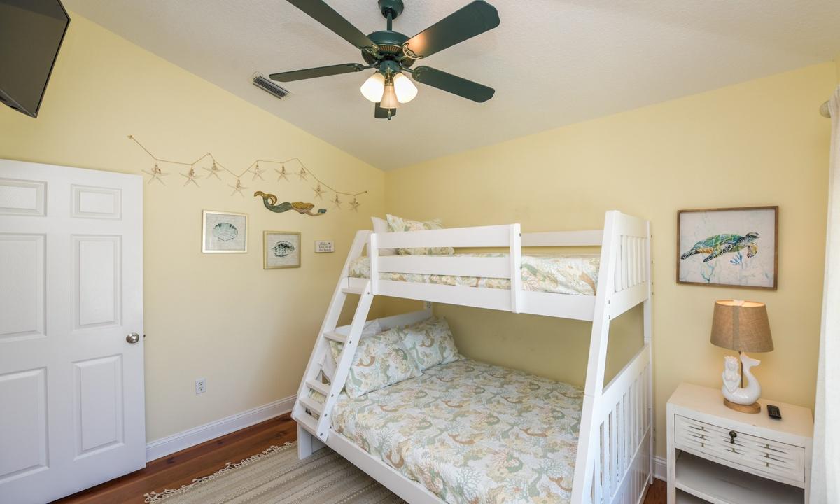 Bedroom 3 - Good Vibrations, AMI Locals