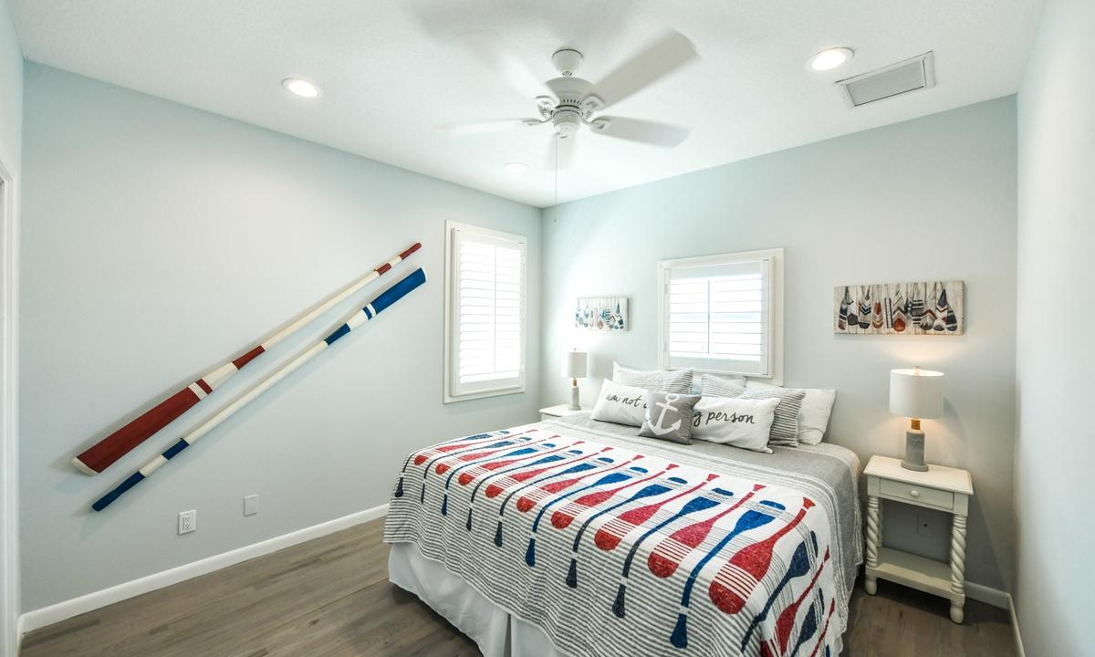 Bedroom 4, Castaway Cove - AMI Locals