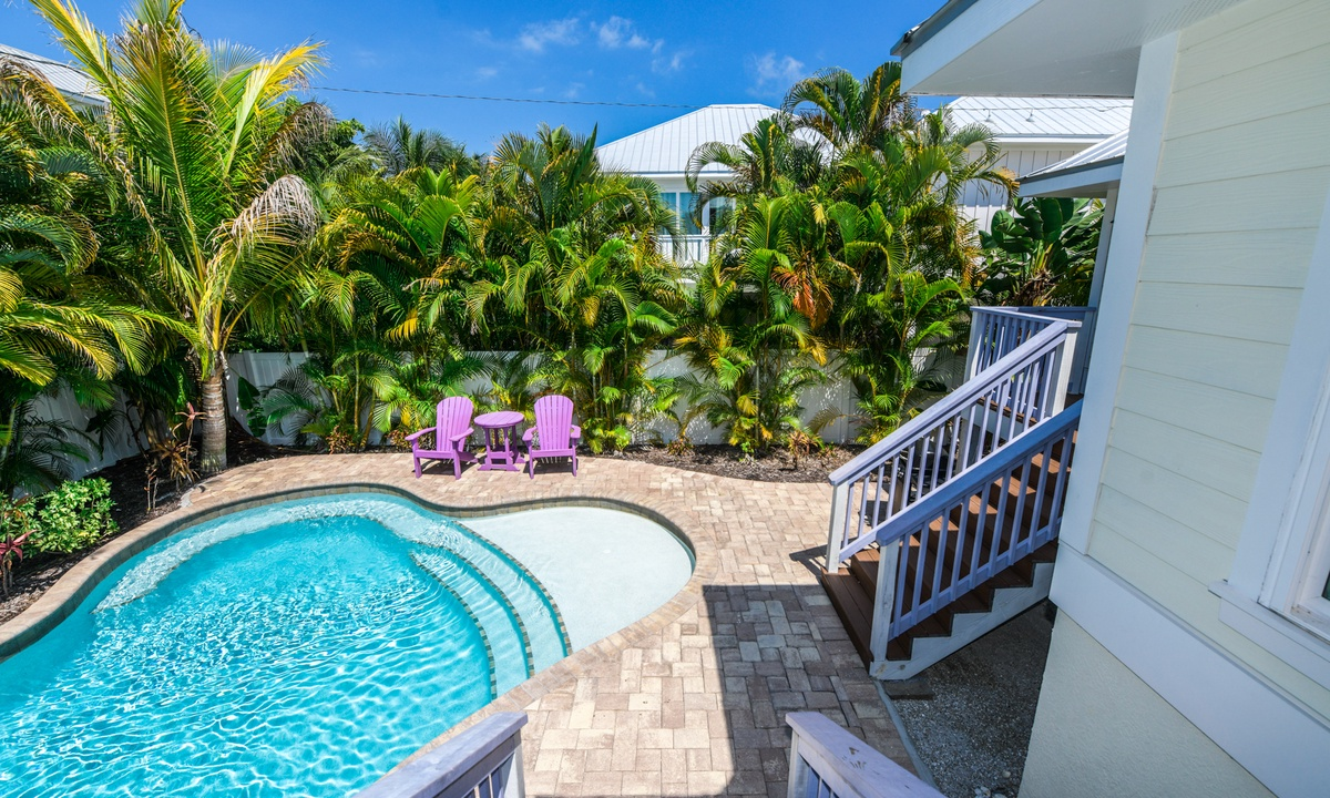 Pool and backyard, Gulf Breeze - AMI Locals