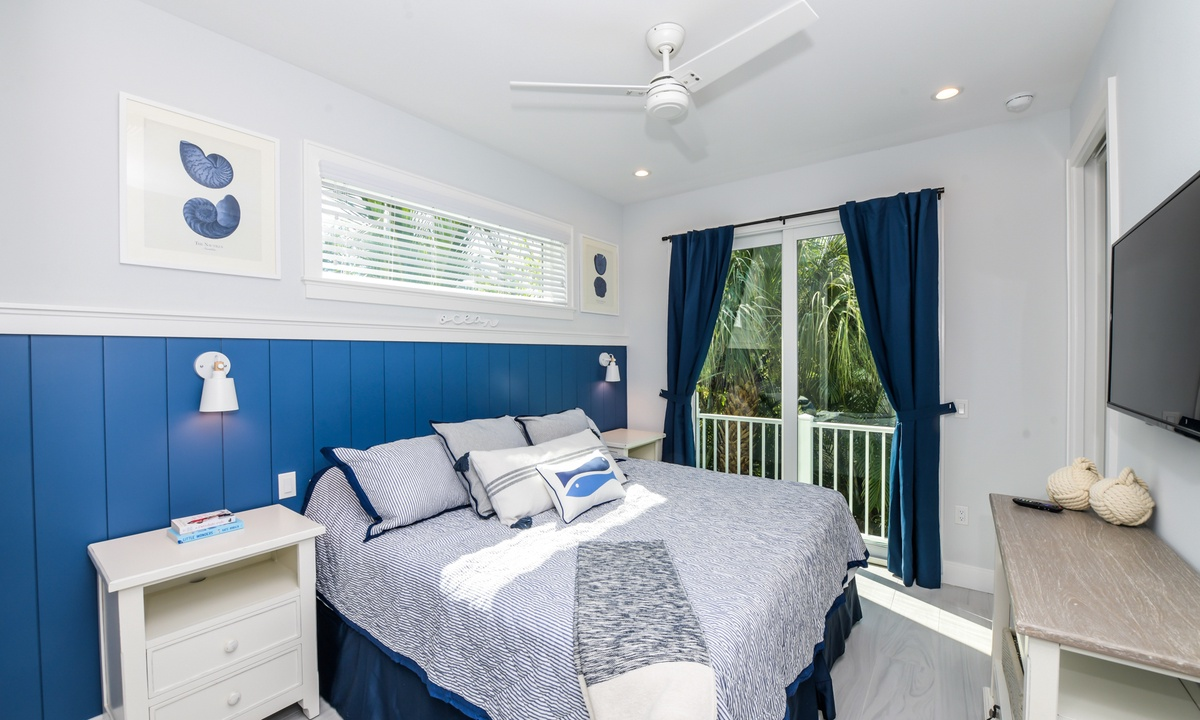 Bedroom 1, Aqua Paradise - AMI Locals