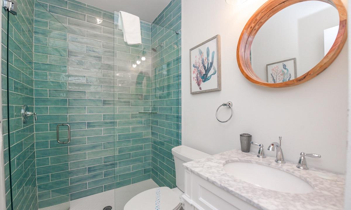 Hallway Bathroom, Last Resort - AMI Locals
