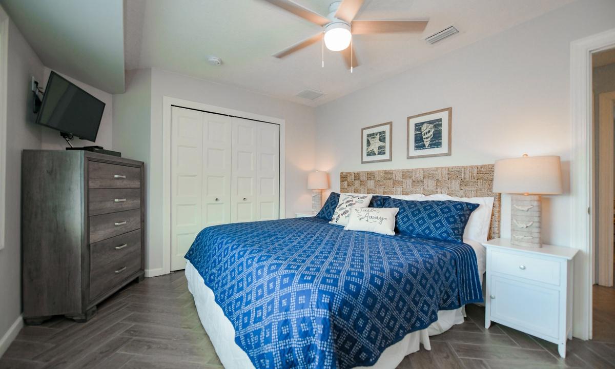 Bedroom 2, Bimini Breeze - AMI Locals