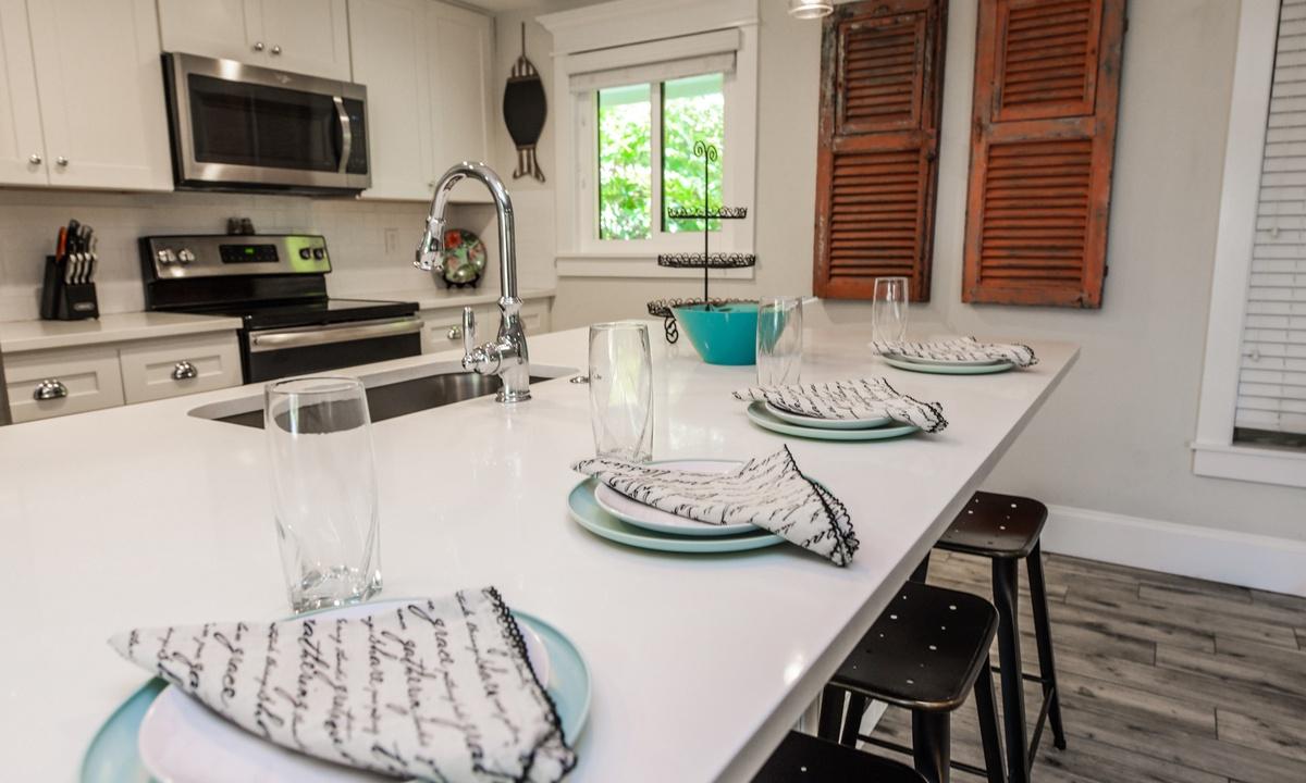 Kitchen, Blissful Bay - AMI Locals