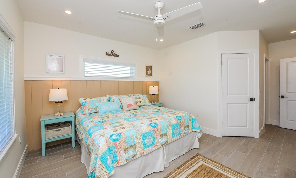 Bedroom 4, Sea Forever - AMI Locals