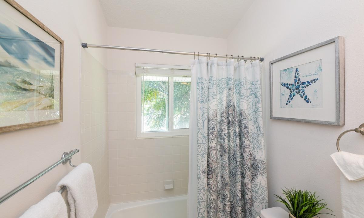 Hallway Bathroom - Good Vibrations, AMI Locals