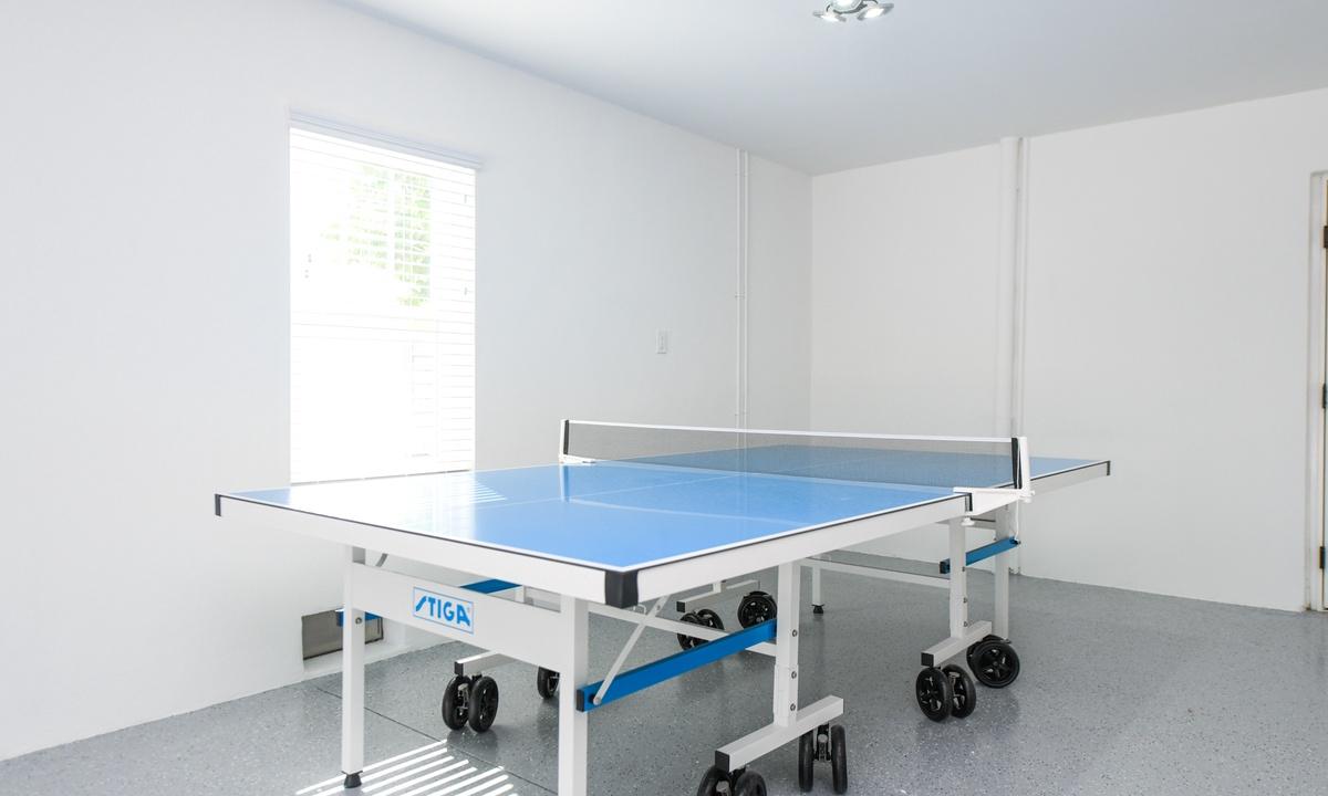 Ping Pong table, Aqua Paradise - AMI Locals