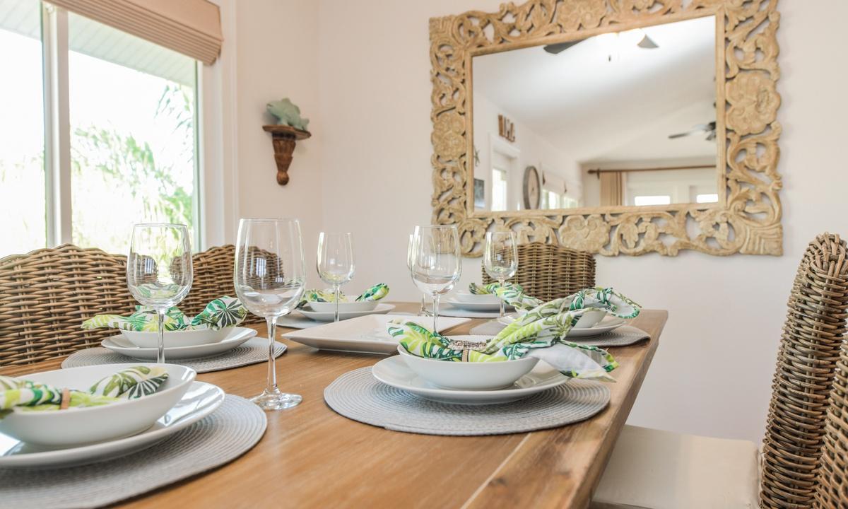 Dining Room - Good Vibrations, AMI Locals