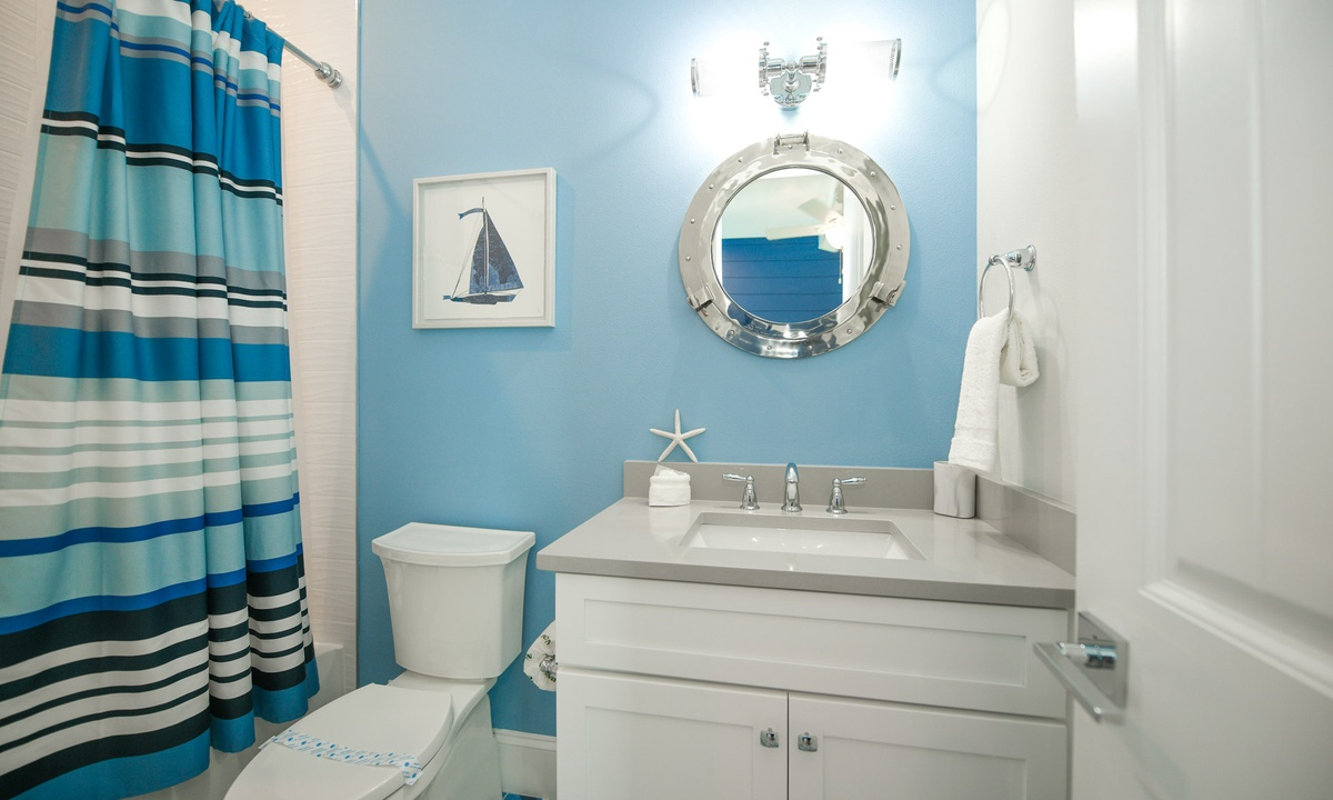 Den Bathroom, Anna Maria Beach House - AMI Locals