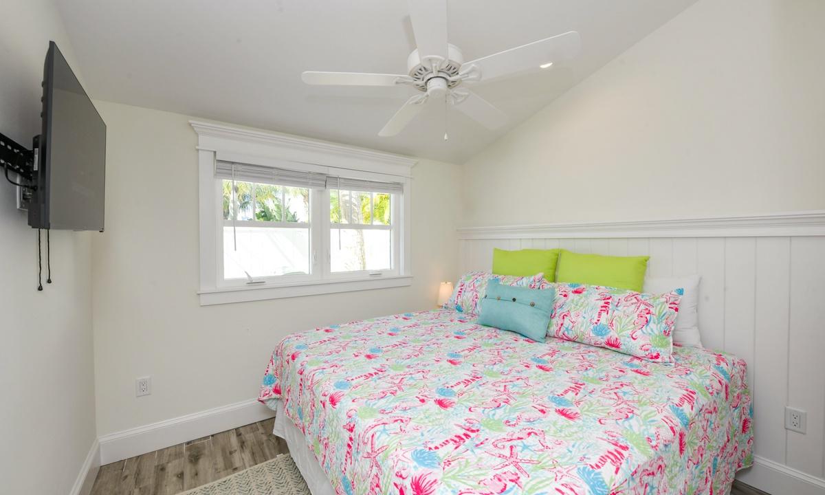Bedroom 2 (Master), Villa Lemonfish - AMI Locals
