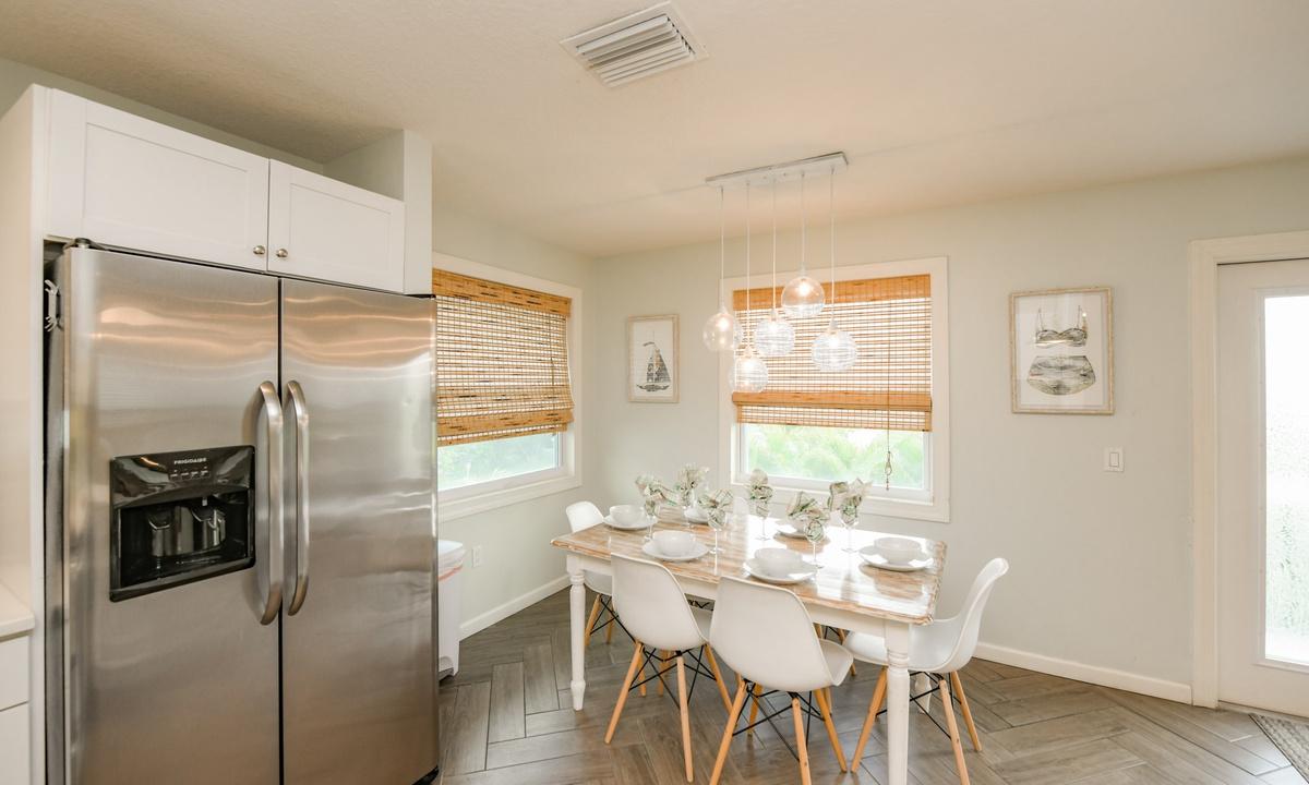 Kitchen and Dining, Bimini Breeze - AMI Locals