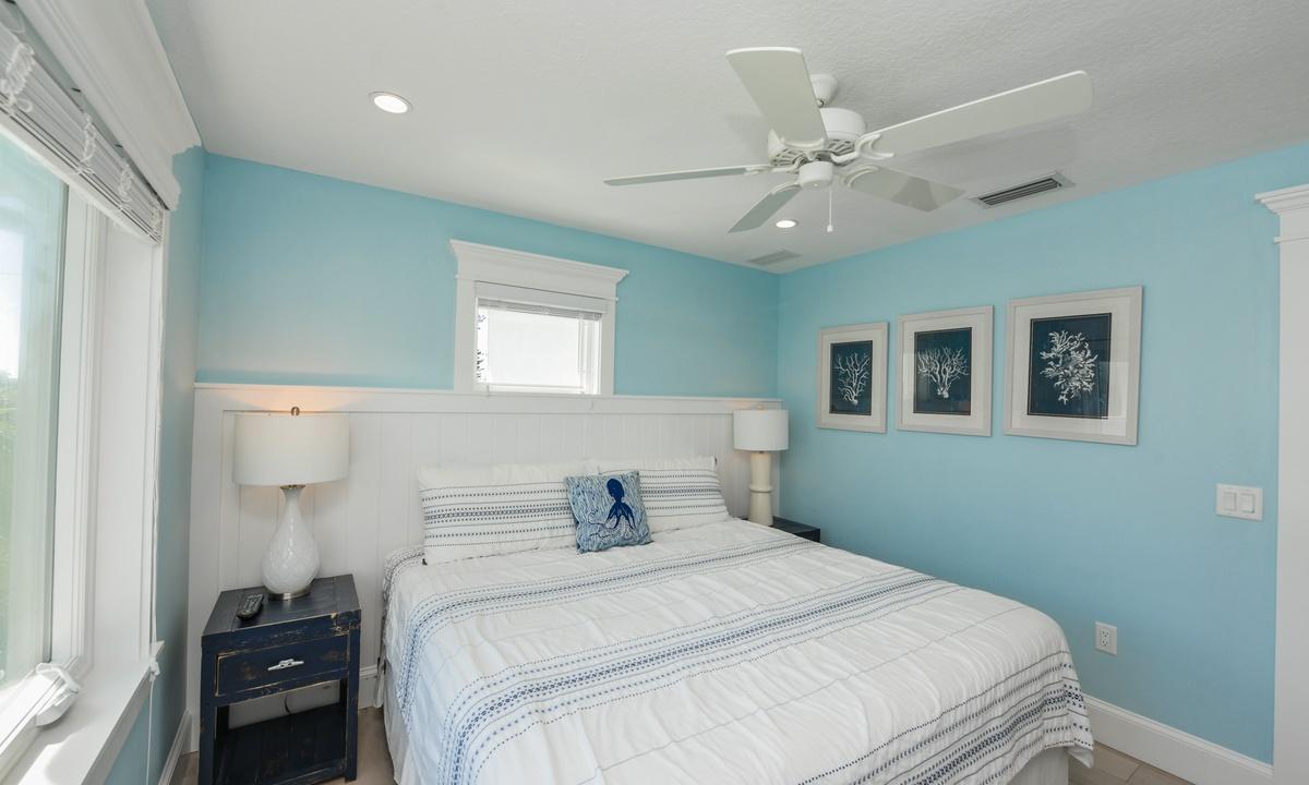 Bedroom 3, Bay View Beauty - AMI Locals