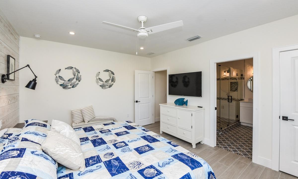 Bedroom 3, Sea Forever - AMI Locals
