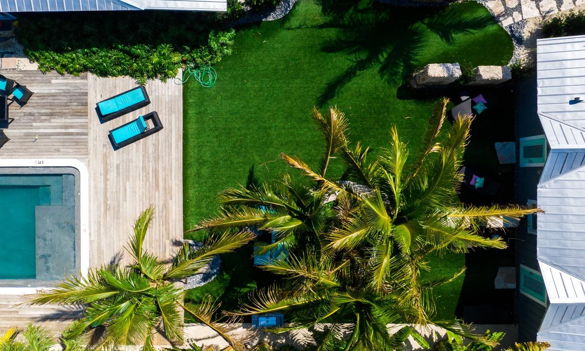 Villa Shrimp at Islands West Resort - AMI Locals