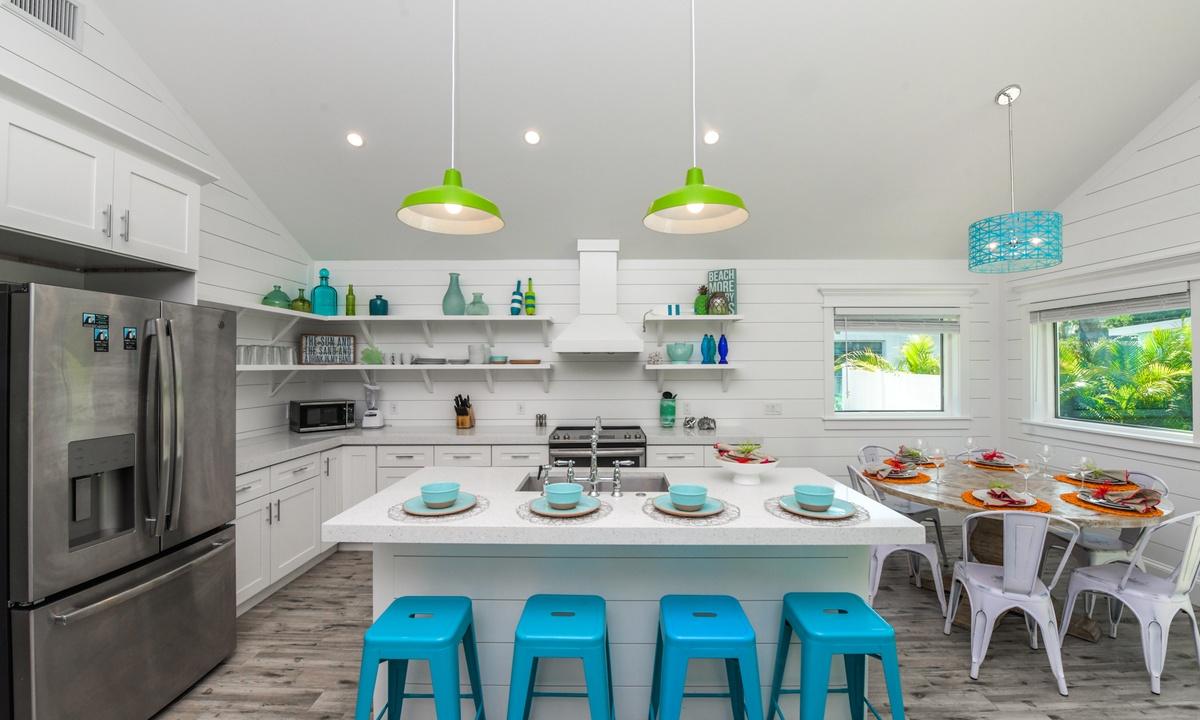 Kitchen, Last Resort - AMI Locals