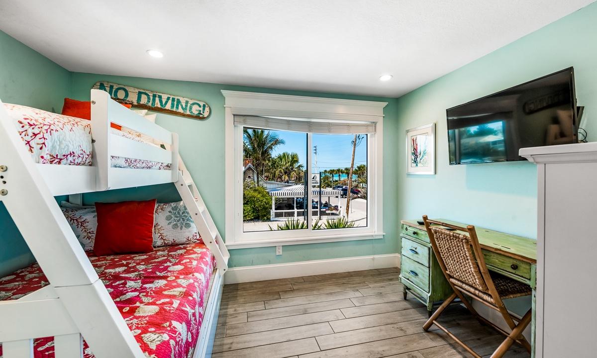 Bedroom 3, Bay Vista - AMI Locals