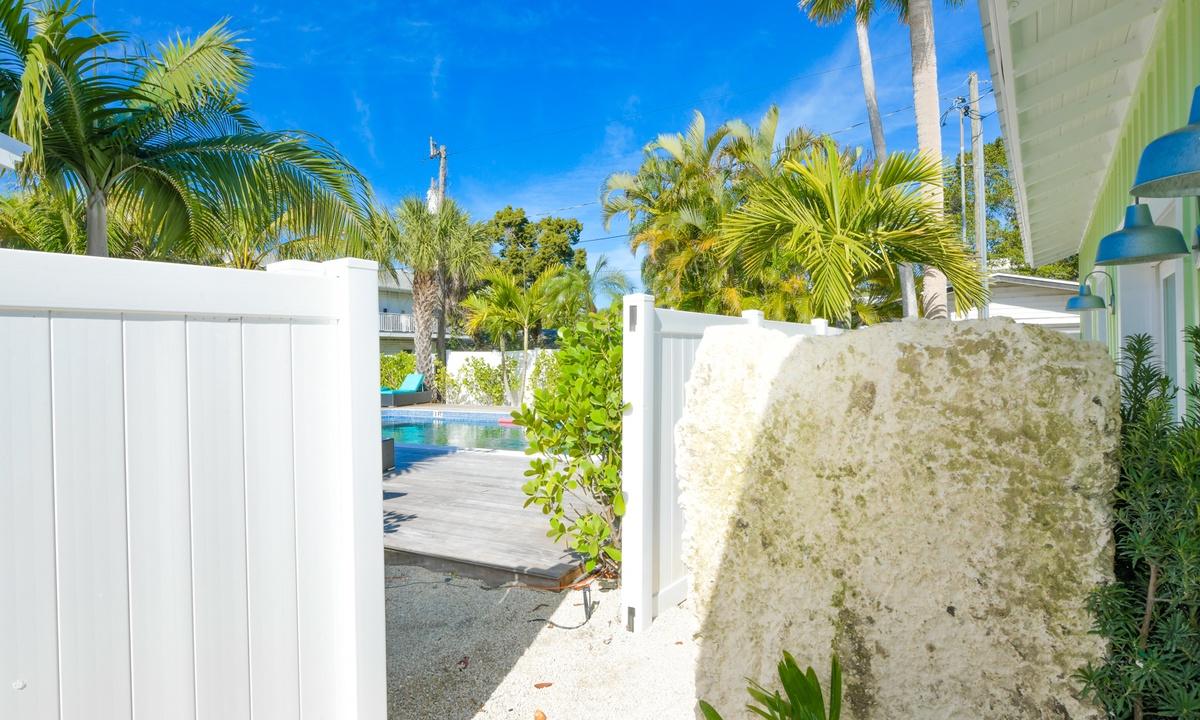 Villa Limefish - AMI Locals