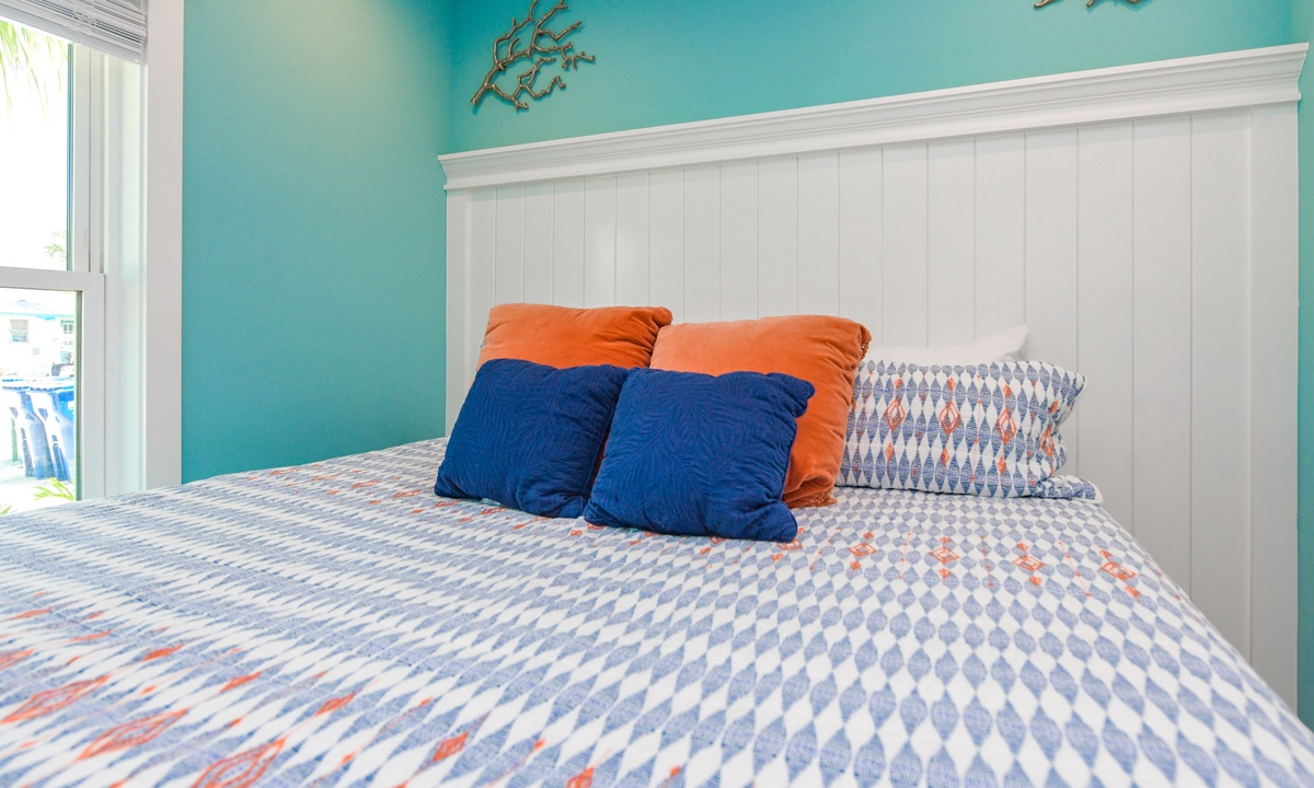 Bedroom 2, Last Resort - AMI Locals