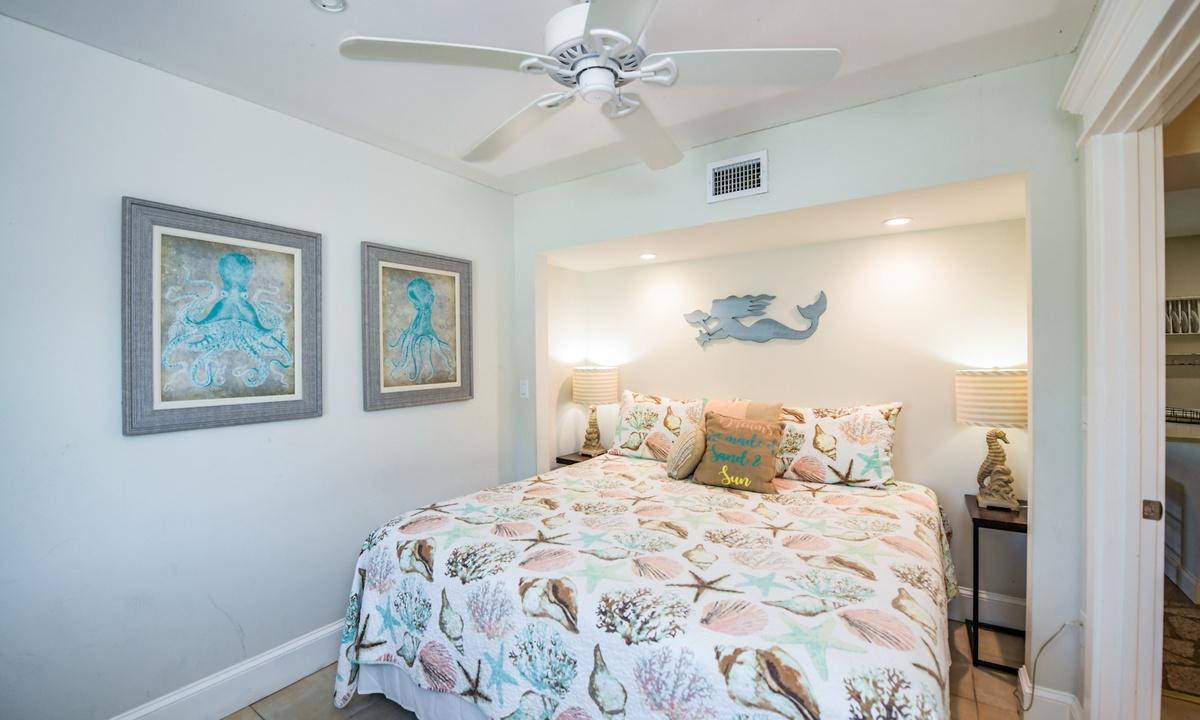 Bedroom 2, Bay Breezes - AMI Locals