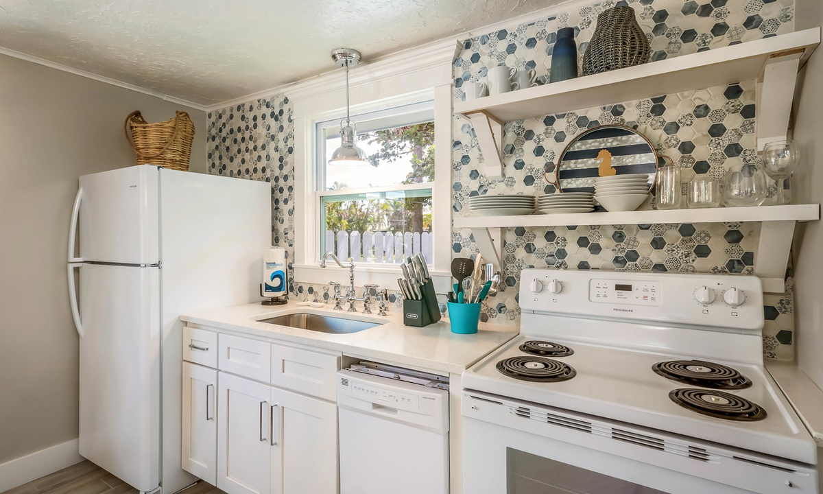 Kitchen, Heron Hideaway at Driftwood - AMI Locals