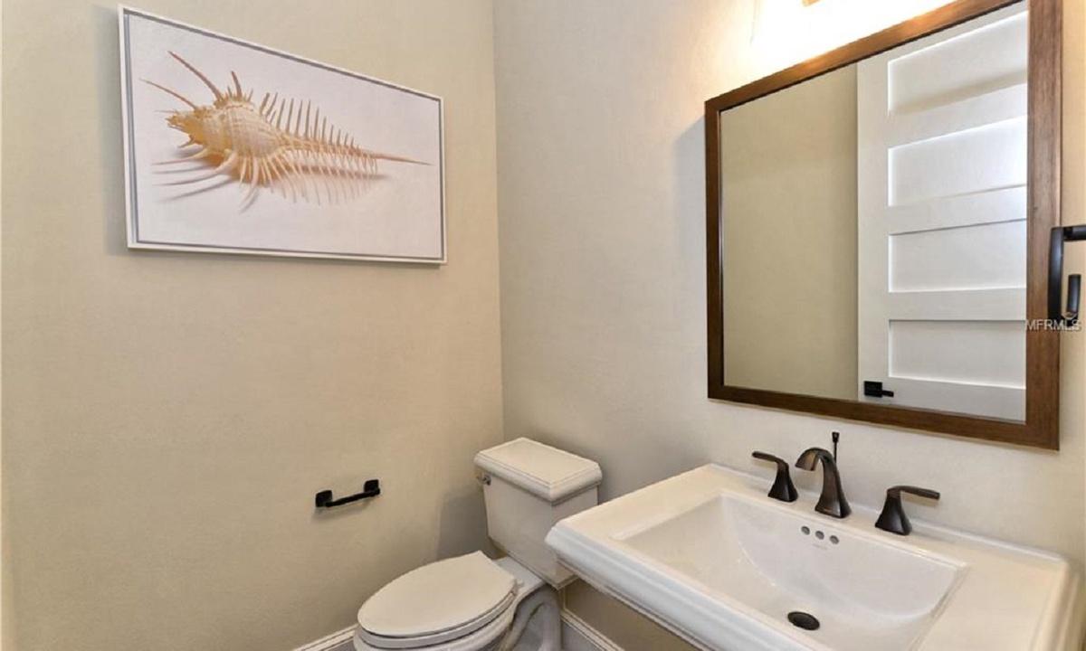 Half Bathroom Main Level, Seascape - AMI Locals