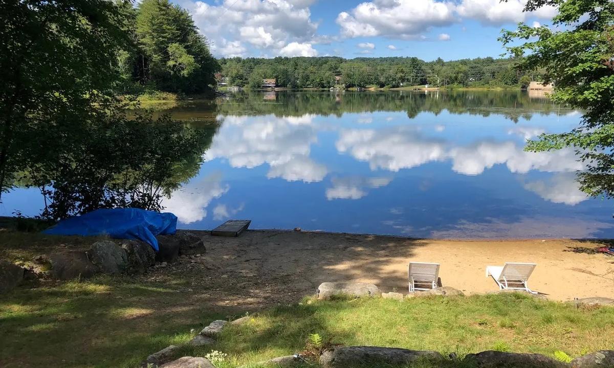 DEY409Wfc - Perfect Lakeside Property, Silver Lake