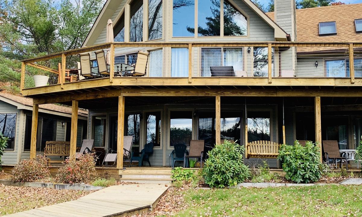 SIS13Wfc - Blackey Cove Waterfront Home Lake Winnipesaukee