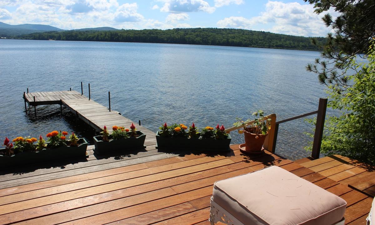 HOL43W - Incredible Views on Lake Winnisquam