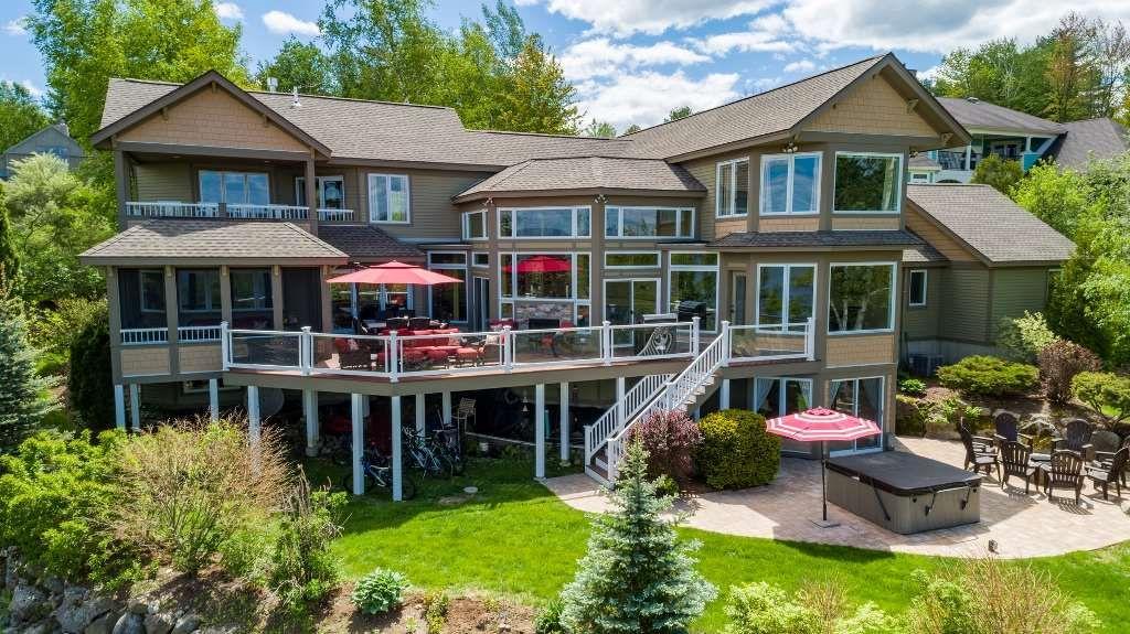 MCG44Bf - Stunning Lake Front Luxury Home in Long Bay on Lake Winnipesaukee