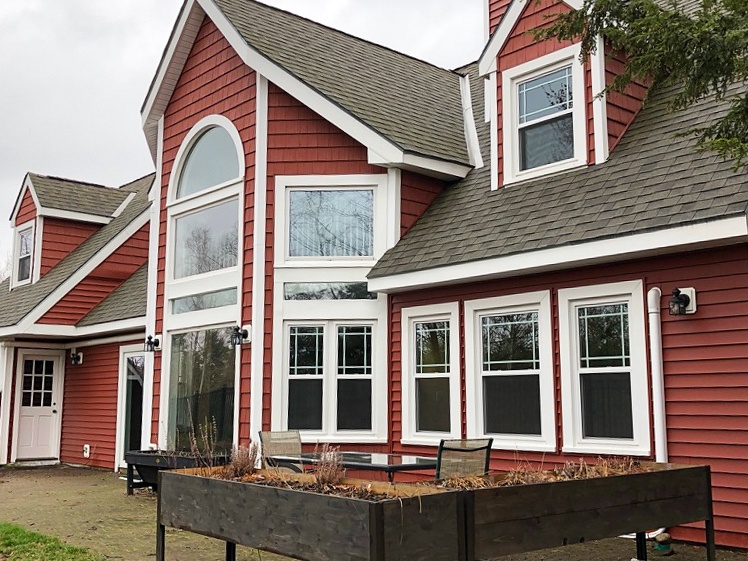 DUF6B - Beautiful Vacation Rental Home on Lake Winnipesaukee in Long Bay