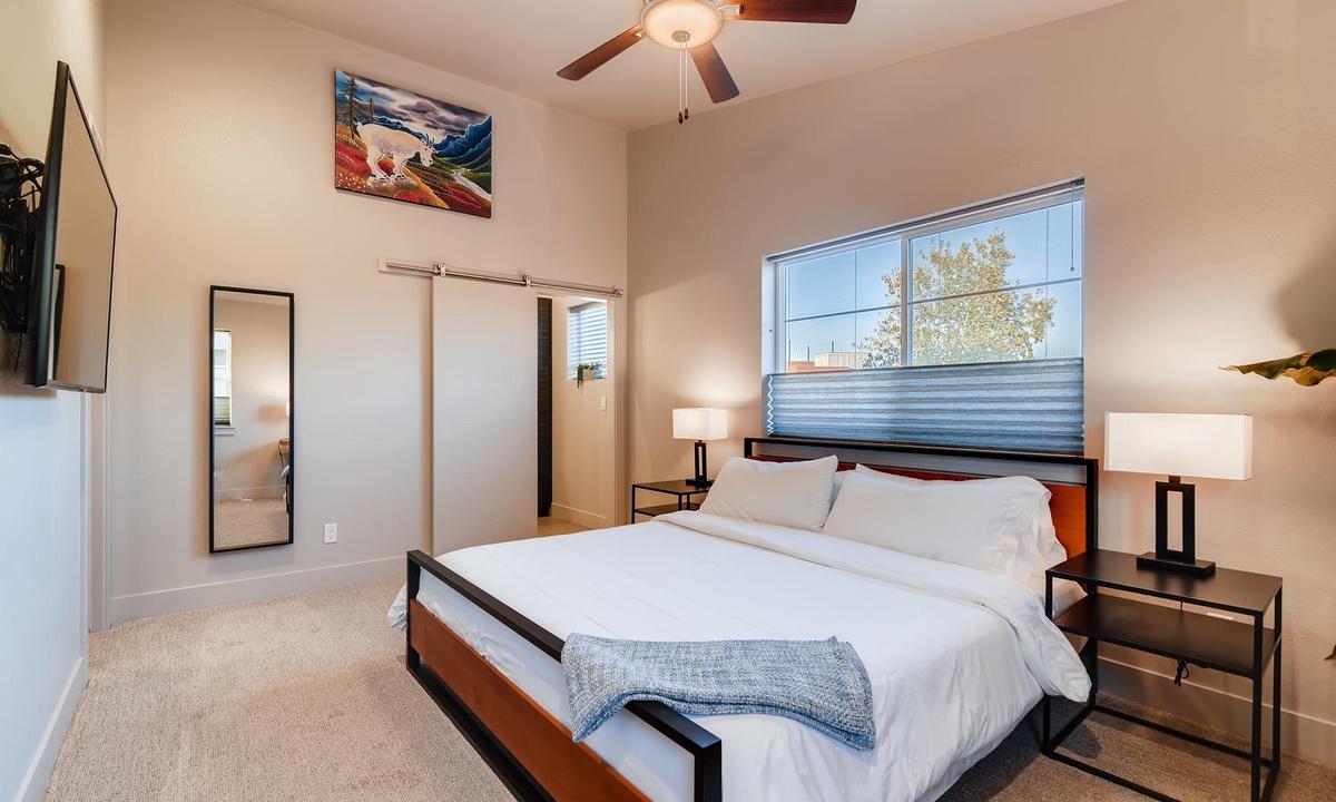 2nd floor master bedroom: King