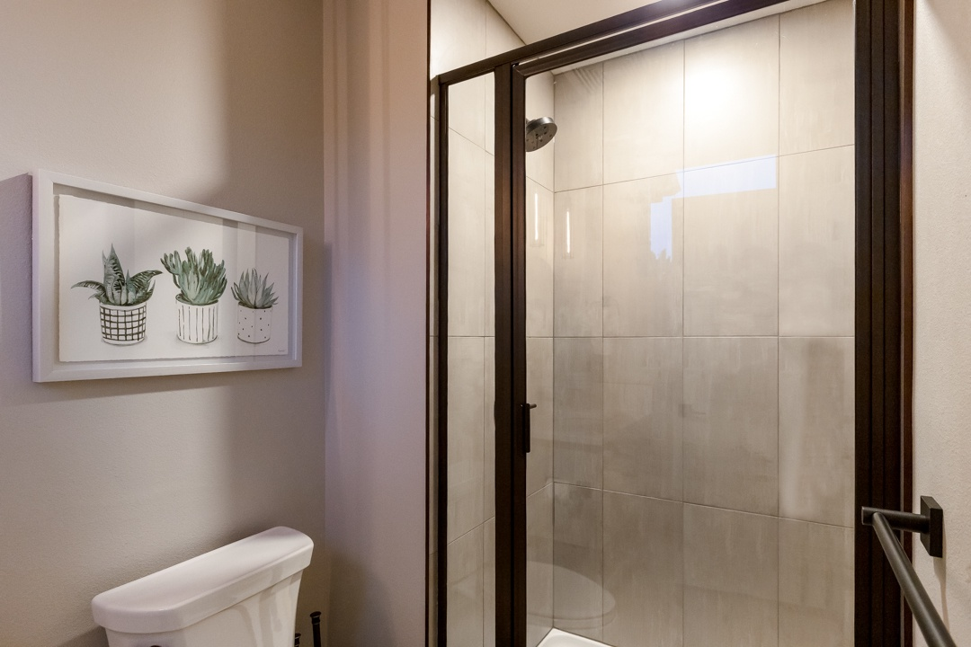 Main level bathroom with stand up shower