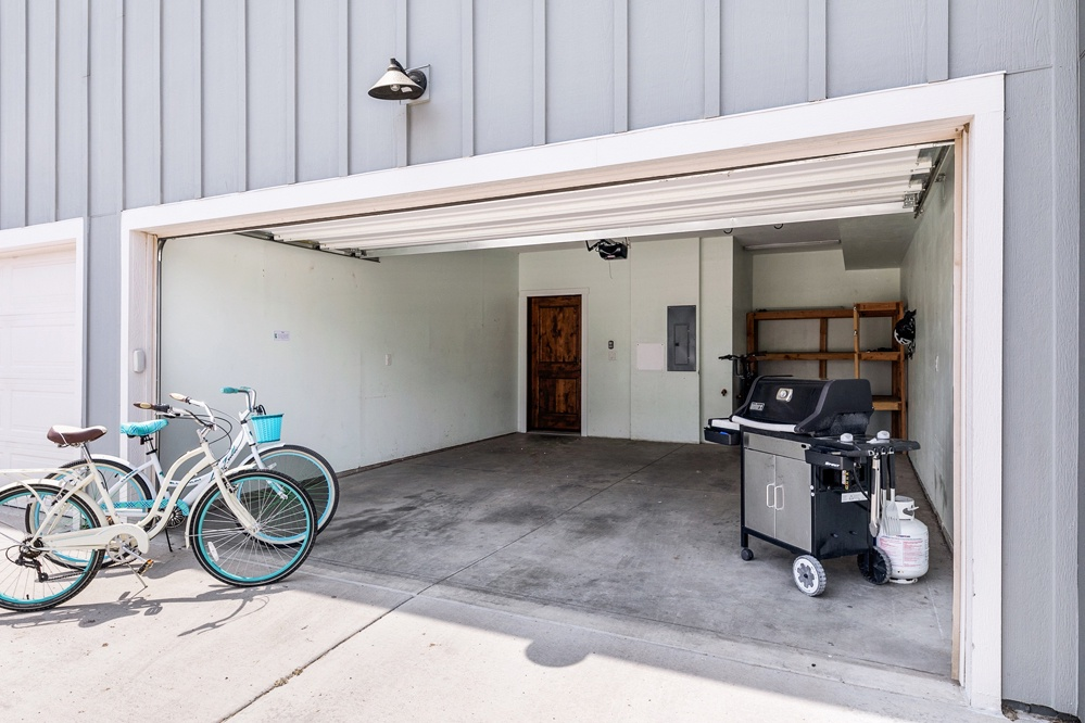 2-stall garage with grill and cruiser bikes for your use.