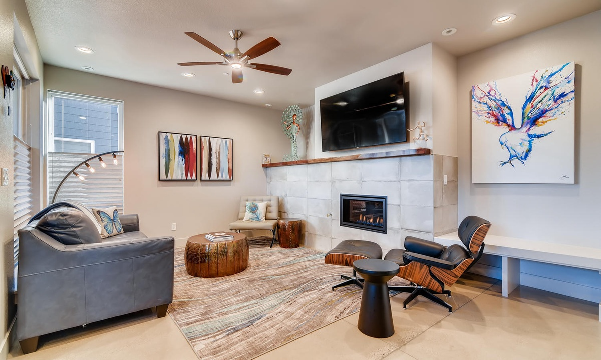 Welcome! Enjoy our living area with gas fireplace.